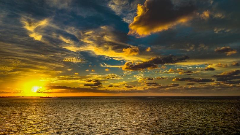 ocean-sunset-stock
